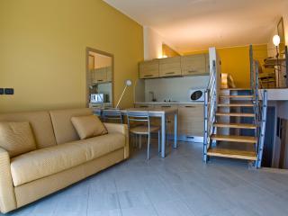 Monolocale a due passi dal Mare - Santo Stefano al Mare vacation rentals