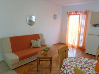 Apartment A2 (4+1) - Kastel Stafilic vacation rentals