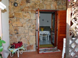 Villetta in sardegna montepetrosu san teodoro - San Teodoro vacation rentals