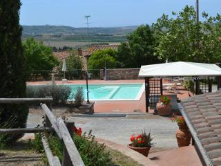 Nice Townhouse with Internet Access and Central Heating - Santa Luce vacation rentals