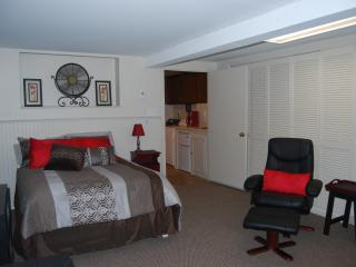 Private Boston Area Lakefront Studio - Billerica vacation rentals