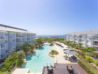 MAN3303 TWO BEDROOM OCEAN VIEW SPA SUITE - Kingscliff vacation rentals