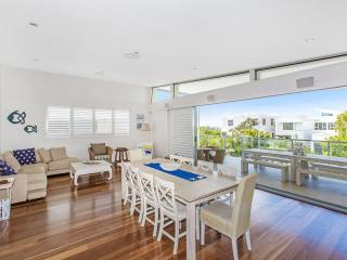 NORTH21 SERENITY NOW BEACH HOUSE - Kingscliff vacation rentals