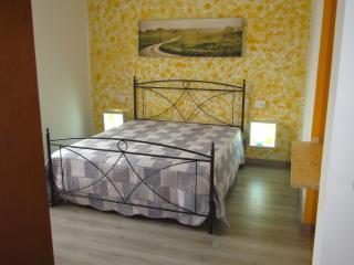 Nice Apartment with Internet Access and Central Heating - Rho vacation rentals