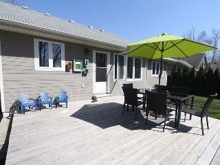 Lakeland Getaway cottage (#958) - Port Albert vacation rentals