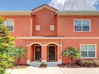 6 miles to Disney; spacious, w/ luxury amenities & pool - Four Corners vacation rentals