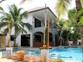 Villas for rent in Hua Hin: V5170 - Hua Hin vacation rentals