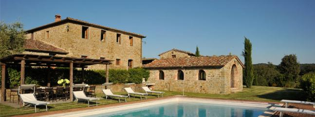 swimming pool, villa and main villa - merlini - Siena - rentals