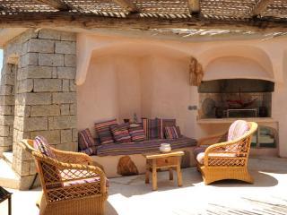 Gorgeous Villa with Internet Access and Washing Machine - Santa Teresa di Gallura vacation rentals