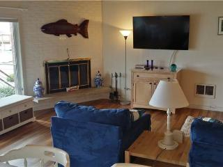 2 bedroom Condo with Water Views in Gearhart - Gearhart vacation rentals