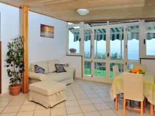 Bright 2 bedroom House in Conca dei Marini with Internet Access - Conca dei Marini vacation rentals