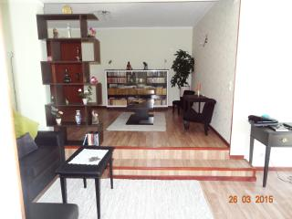 apartamento,zona do Lido, junto ás praias - Funchal vacation rentals