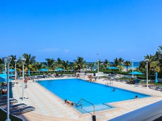 DECO BEACH 12- South Beach Studio on the Beach, Balcony, Pool, Pkg - Miami Beach vacation rentals