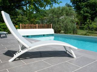 Nice House with Internet Access and Satellite Or Cable TV - Eguilles vacation rentals