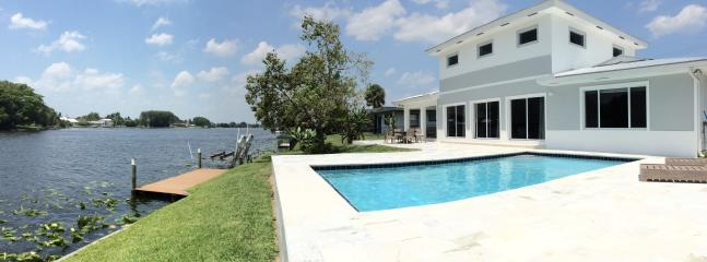 4 bedroom Villa with Internet Access in West Palm Beach - West Palm Beach vacation rentals