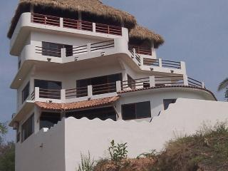 Casita Blanca - Puerto Escondido vacation rentals