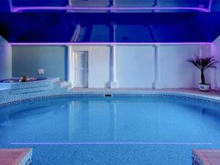 Cottages + pool complex nr beach Dorset/Devon - Whitchurch Canonicorum vacation rentals