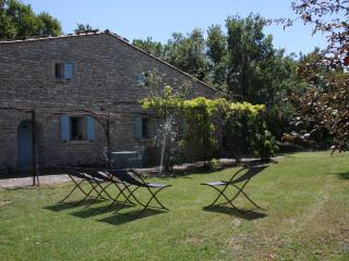 La Borie - Charmingly restored farmhouse with pool - Saignon vacation rentals