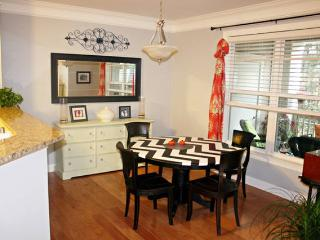 Beautiful Condo with Internet Access and Balcony - Charleston vacation rentals
