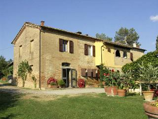 Lovely 6 bedroom Buonconvento Villa with Internet Access - Buonconvento vacation rentals