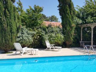 Maison ***  4 pers. sur propriété avec piscine - Sainte Marie de Re vacation rentals
