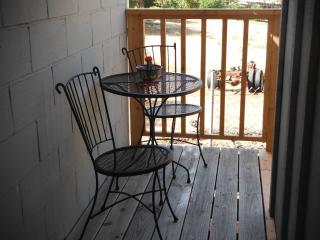 Country Cottage King Studio - Budget Friendly - Fallbrook vacation rentals