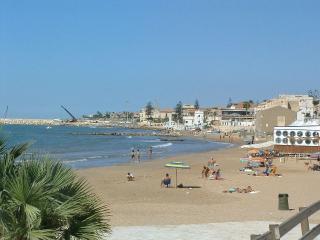casa vacanze marina di ragusa - Marina di Ragusa vacation rentals
