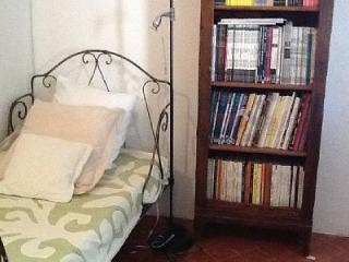 4 bedroom House with Internet Access in Carpentras - Carpentras vacation rentals