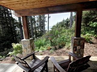 2 bedroom Condo with Internet Access in Cannon Beach - Cannon Beach vacation rentals