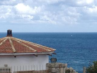 Holiday letting 8 pers.Mare e Sole at the coast - Aspra vacation rentals