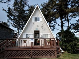 Charming 3 bedroom Vacation Rental in Cannon Beach - Cannon Beach vacation rentals