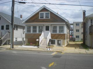 Seaside Heights  Apt2 upstairs 1/2 block to beach - Seaside Heights vacation rentals