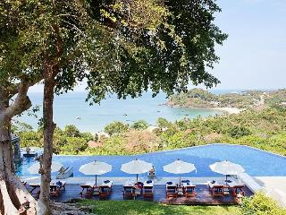 Romantic 1 bedroom Ko Lanta Yai Villa with Shared Outdoor Pool - Ko Lanta Yai vacation rentals