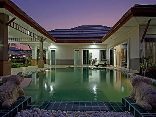 Thammachat P3 Vints No.140 - 5 Bed - Na Chom Thian vacation rentals
