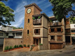 JARDIN-A Garden Connects Two Suites - Medellin vacation rentals