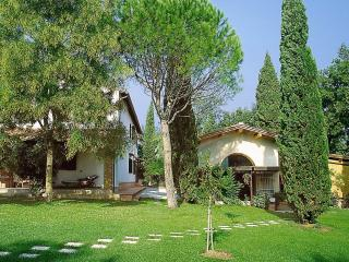 Beautiful 4 bedroom House in San Miniato with A/C - San Miniato vacation rentals