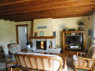 Charming 4 bedroom property with garden (D006) - Lanvallay vacation rentals