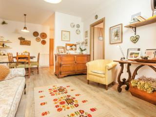 Villa PoliFlora - Monticchiello vacation rentals