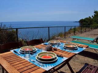 Riviera degli Eucalipti - Cottages by the sea 3 - Catania vacation rentals