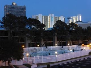 Biggest pool in OC, 2 blocks to beach! - Ocean City vacation rentals