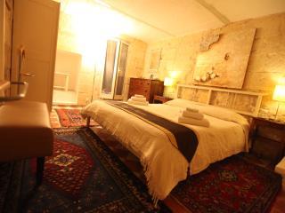 Palazzo San Pawl - Vilhena suite - Valletta vacation rentals