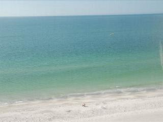 Direct Gulf Front -14 day Min. - 2/2 - Indian Rocks Beach vacation rentals