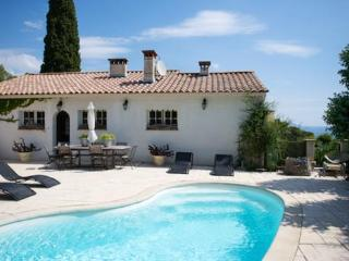 2 bedroom House with Internet Access in Les Issambres - Les Issambres vacation rentals