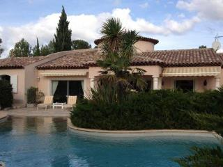 Perfect House with Internet Access and Television - Les Arcs sur Argens vacation rentals