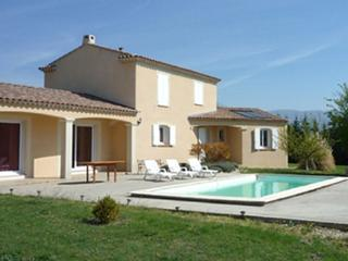 Nice 3 bedroom House in Gargas with Television - Gargas vacation rentals