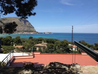 Panoramica Villa golfo di Mondello - Palermo vacation rentals