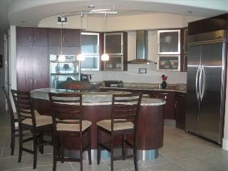 Fabulous 12th Floor Unit in the Finest Building - Orange Beach vacation rentals