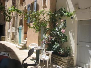 1 bedroom Apartment with Short Breaks Allowed in Bonifacio - Bonifacio vacation rentals