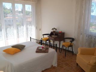 CasaVacanzeBuonviaggio - 15 min dalle CinqueTerre - La Spezia vacation rentals
