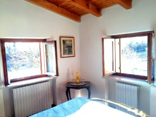 2 bedroom Condo with Internet Access in Pescantina - Pescantina vacation rentals